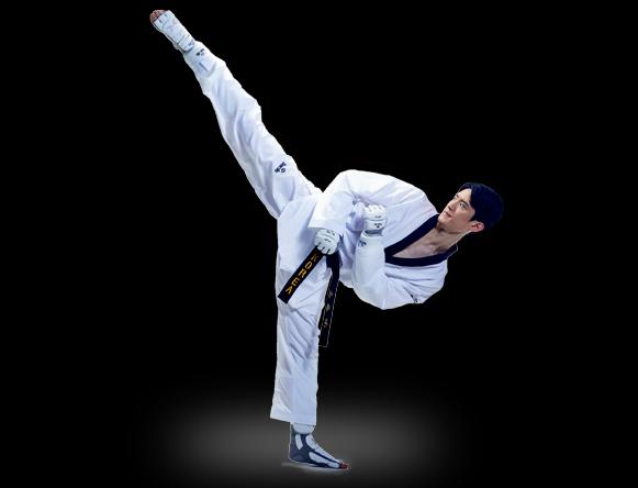 Lee Dae-hoon medallista de taekwondo en Daedo